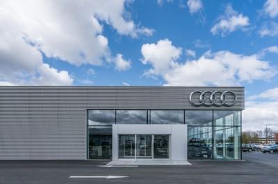 Audi-salonas-W11