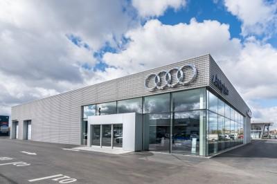 Audi-salonas-W2