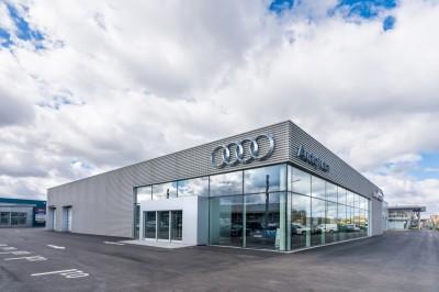 Audi-salonas-W3