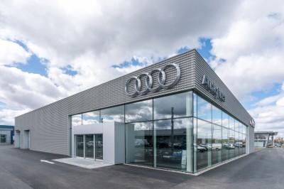 Audi-salonas-W9